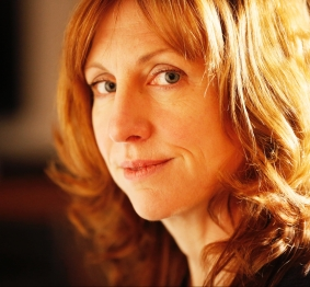 Polly Clark was born in Toronto and lives in Helensburgh on Scotland's west coast, close to where W.H. Auden wrote The Orators. She is Literature Programme Producer for Cove Park, Scotland's International Artist Residency Centre, and the author of three poetry collections. Helensburgh, Scotland UK 13/01/2017 © COPYRIGHT PHOTO BY MURDO MACLEOD All Rights Reserved Tel + 44 131 669 9659 Mobile +44 7831 504 531 Email: m@murdophoto.com STANDARD TERMS AND CONDITIONS APPLY See details at http://www.murdophoto.com/T%26Cs.html No syndication, no redistribution. sgealbadh, A22DEX